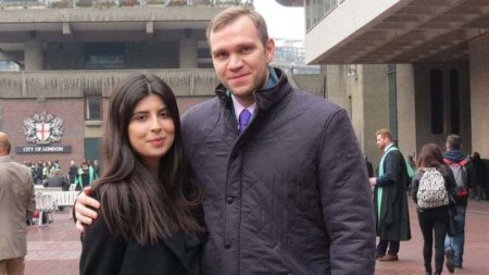 Photo of Matthew Hedges (right) with his wife