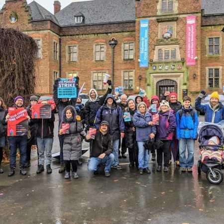 Members of Birmingham UCU picketing by the East Gate of University of Birmingham